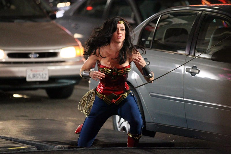 See the new and improved Wonder Woman costume in action
