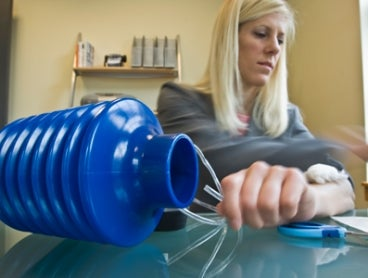 $3 MIT Plunger Heals Wounds Quickly with Suction