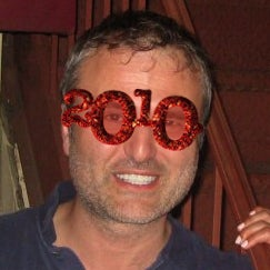 The Sad Ending of the 200_ New Year's Glasses