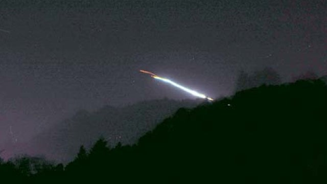 The Absolute Best Pictures of Last Night's Blazing Meteor Over California