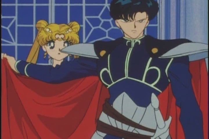 10 reasons why everyone but sailor moon knows tuxedo mask. Black Bedroom Furniture Sets. Home Design Ideas