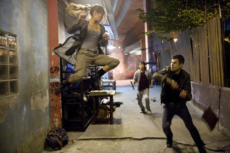 First Look At Movie Chun-Li's Thighs