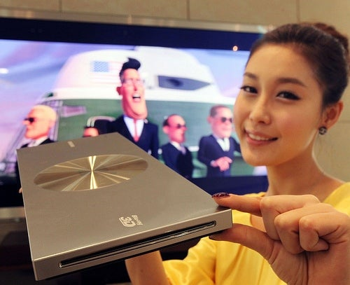 "Samsung Taking the ""Thinnest"" 3D Blu-ray Player to CES 2011"