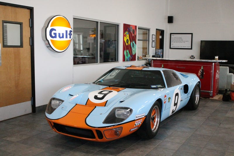 A Superformance GT40 Is The GT40 You Want To Hoon