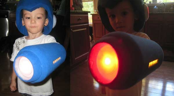 Homemade Mega Man Costume Looks Just as Good as the Real Thing