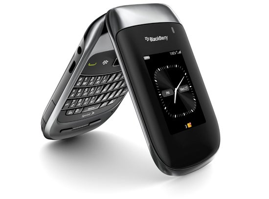 The Hideous BlackBerry Style 9670 Clamshell