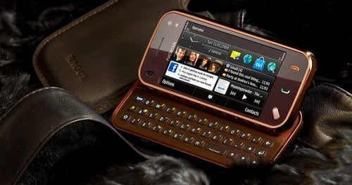 Limited Edition Nokia N97 Mini RAOUL Goes Well With Rich Mahogany