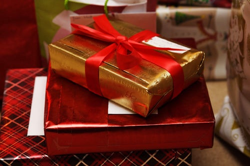 "Give ""Experience"" Gifts this Holiday If You're Low on Cash"