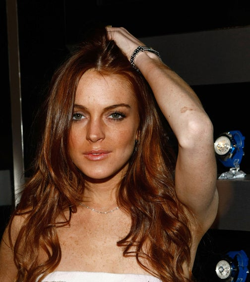 Lindsay Lohan Likes Guys, Bathrooms