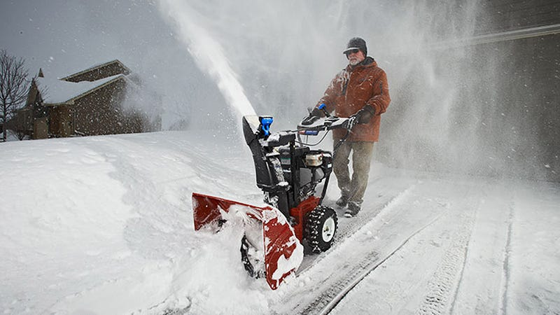 Toro Will Fully Refund Your New Snowblower If It Doesn't Snow