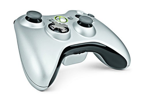 The Xbox 360's New Official Controller Is a Transformer