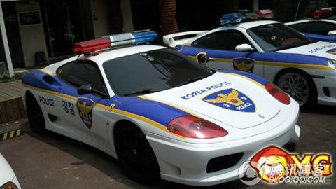 South Korean Police Rocking A Porsche, Ferrari And Lamborghini