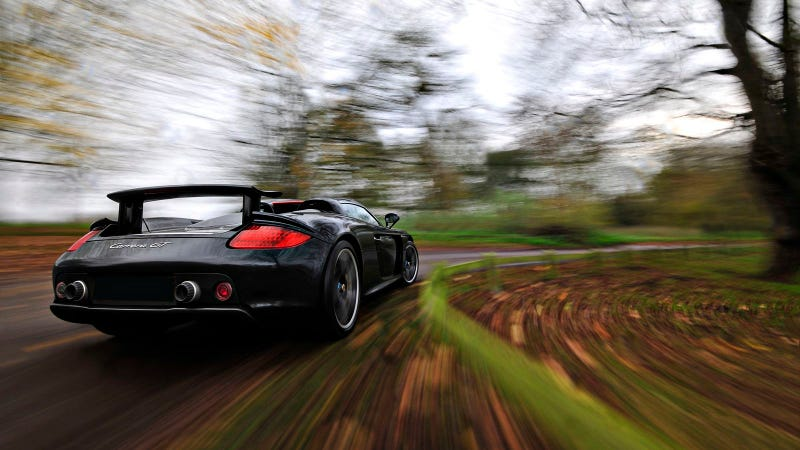 Your Ridiculously Cool Porsche Carrera GT Wallpaper Is Here