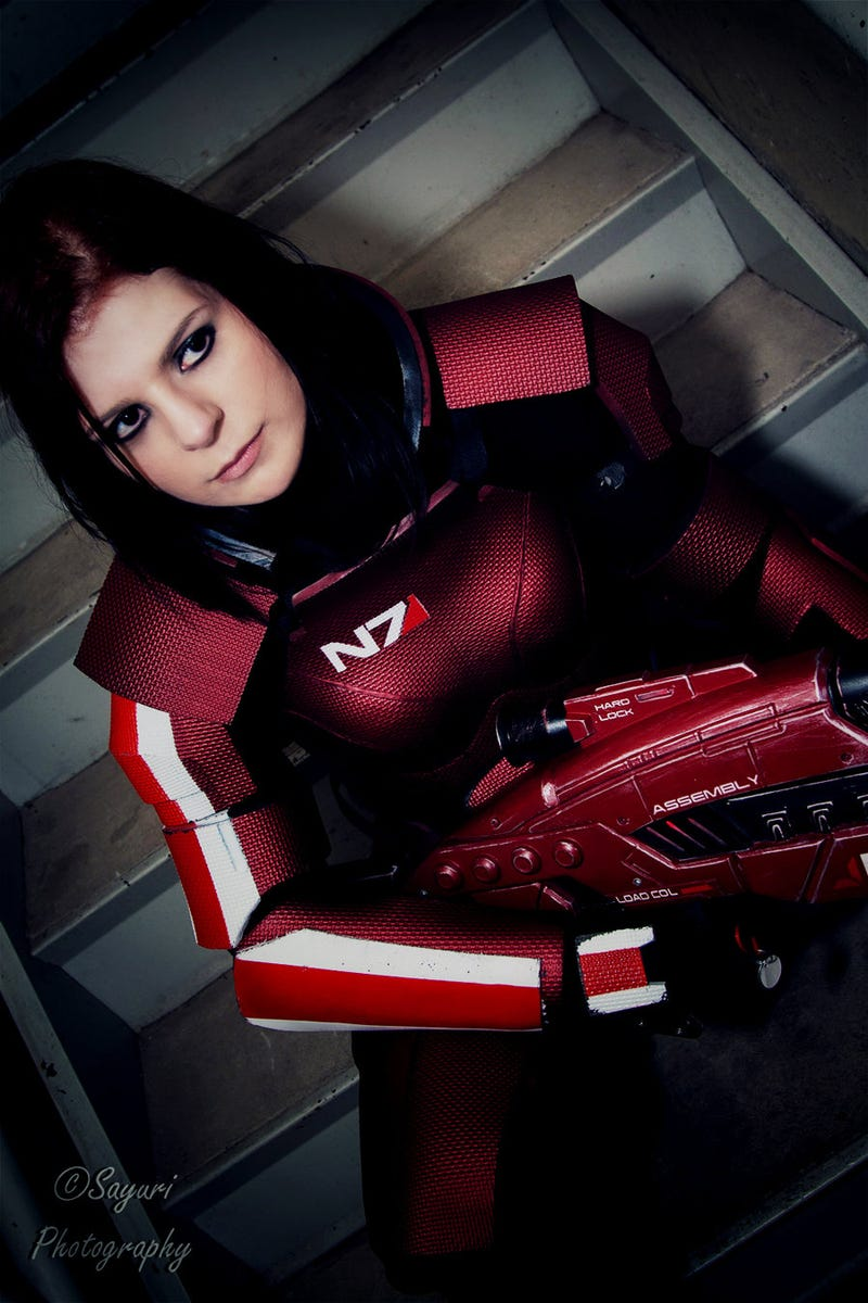 FemShep and DudeShep Save the Galaxy with Mass Effect Cosplay
