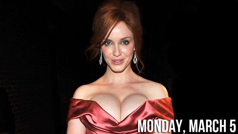 Christina Hendricks Denies Her Bountiful Bare Breasts Are Internet Stars