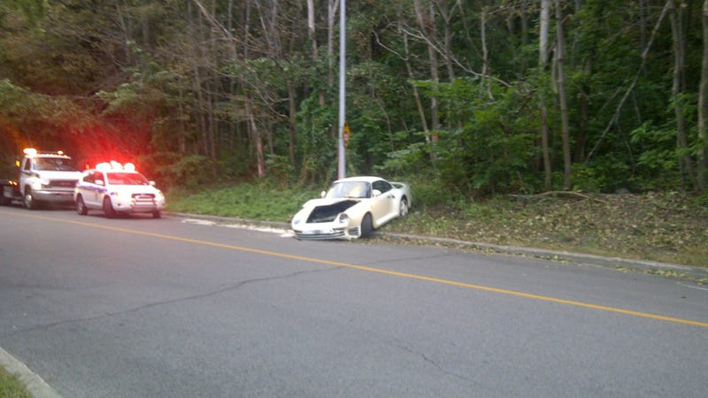 Experience The Sheer Horror Of A Crashed Porsche 959 In Montreal