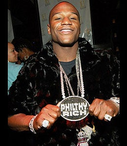 Floyd Mayweather Missing $7 Million In Jewelry After Robbery