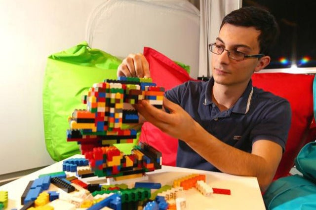 Engineer Creates Algorithm to Turn Anything Into Robust Lego Objects