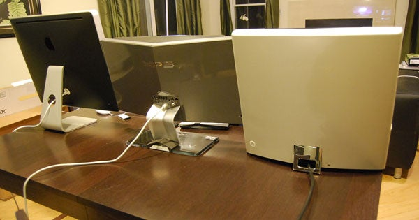 Dell XPS One, Gateway One and Apple iMac Get Friendly