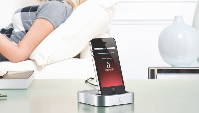 Iomega SuperHero Backs Up Your iPhone While Charging It