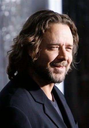 Oo-de-lally! Russell Crowe's Weight, Badittude Threaten To Destroy Nottingham