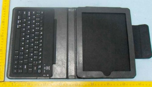 Uncovered Bluetooth Keyboard Case Will Turn iPads into Netbooks