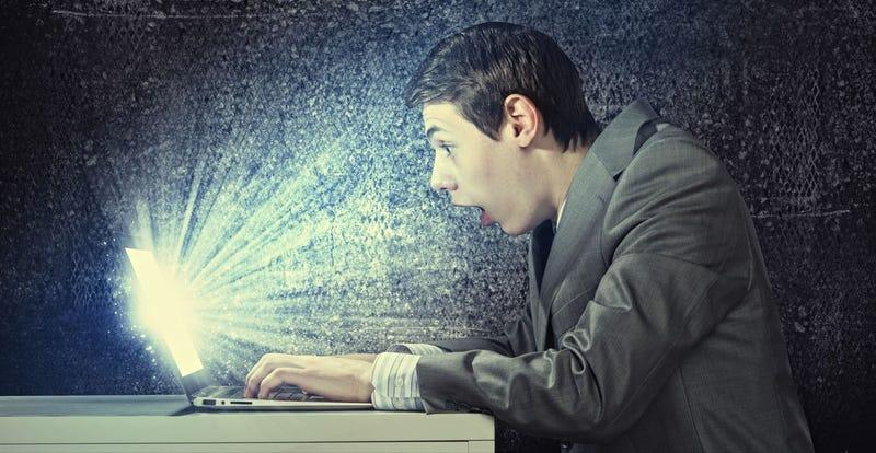 Por qué hay personas más propensas a compartir tonterías pseudo-filosóficas en Internet