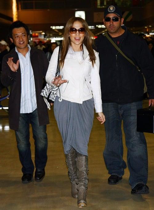 Jennifer Lopez Steps With A Smile