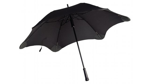 Daily Desired: The Blunt Umbrella Makes Other People Hate You Less