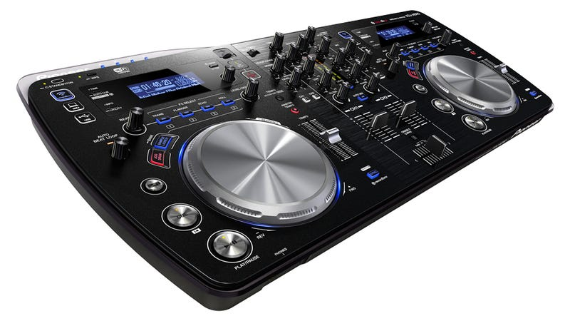 Digital DJs Can Say Goodbye to Wires Forever