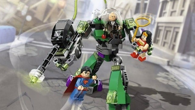 Ads in New Lego Toy Sets Confirm Superman and Wonder Woman in Lego Batman 2