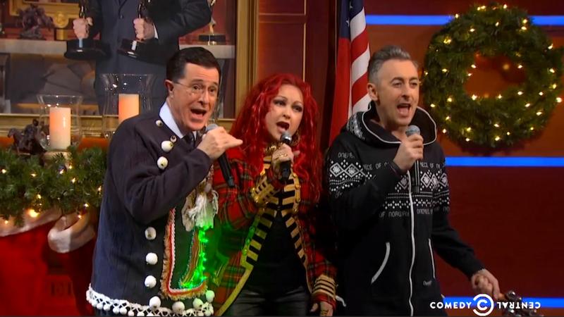 Colbert, Cyndi Lauper and Alan Cumming Adorably Sang Carols Last Night