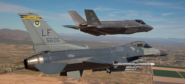 The designer of the F-16 explains why the F-35 is such a crappy plane