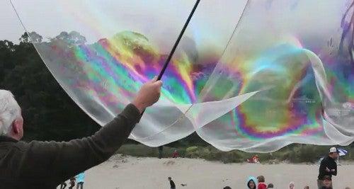 Create Enormous Bubbles with a Super-Size DIY Bubble Wand