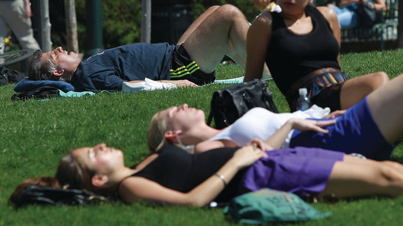 People of Wisconsin: Stop Thinking That Sunbathers Are Corpses