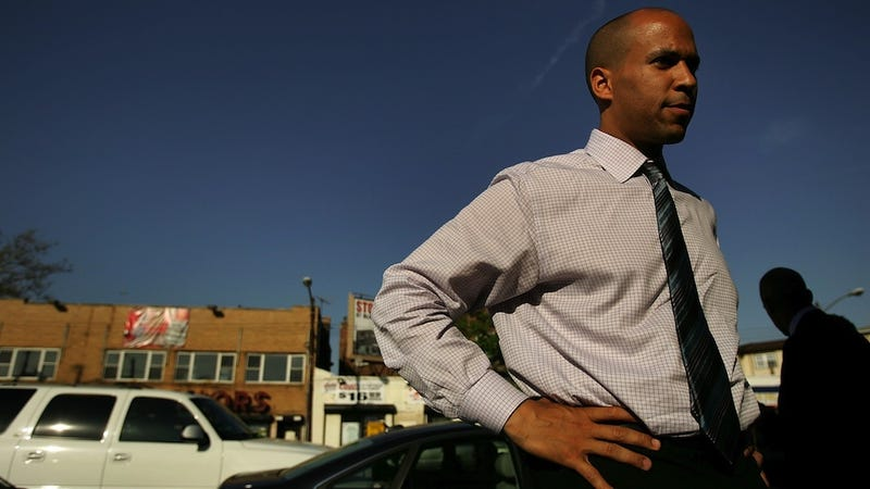 Cory Booker Politely DM'ed a Stripper Once, Yielding BuzzFeed Article