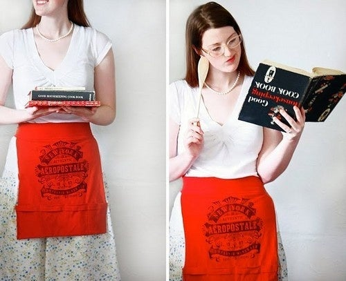 Recycle an Old T-Shirt into a Pocket Apron
