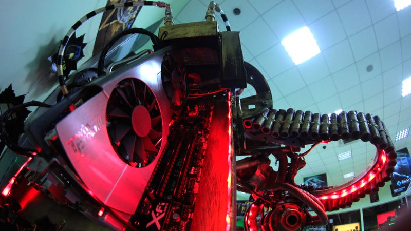 Giant Metal Robot PC Case Gallery