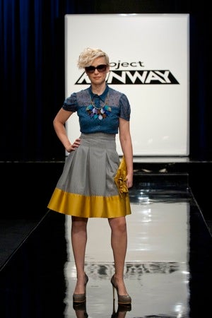 Live Blogging Project Runway, Week 9