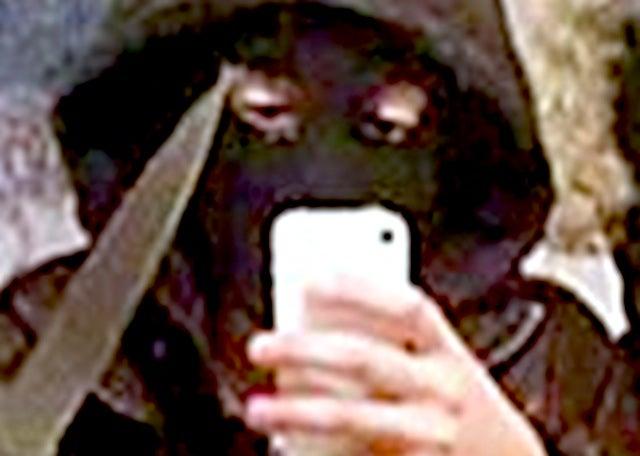 "DRESSED TO STEAL: Teen robber girls take ""selfie"" before armed robbery"