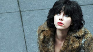 Scarlett Johansson really picked up random dudes for <em>Under the Skin</em>