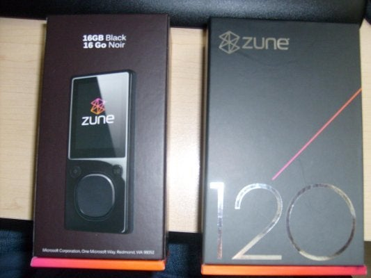 Zune 120GB and 16GB Box Shots