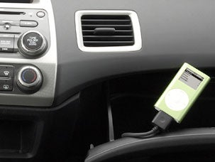 Ford, GM, Mazda to see more iPod Integration
