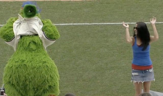 Watch As The Phillie Phanatic Tries To Get A Fan To Flash The Crowd