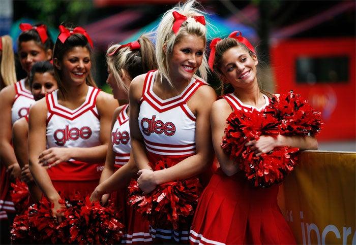 Utterly Un-Heroic Cheerleaders Overrun Upfront
