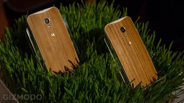 Motorola's Knocking $100 Off Unlocked Moto X for One Hour on Monday