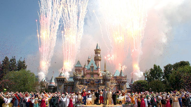 Funemployed Couple Who Visited Disneyland Every Day for a Year Rewarded with Trip to Disneyland