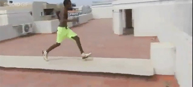 Insane boy leaps off 5-story building to land in pool several feet away
