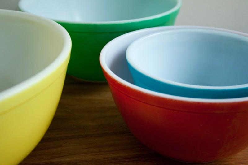 Lifechanger: Vintage Pyrex Colors