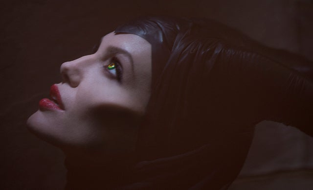 First Look: Angelina Jolie as Sleeping Beauty Villainess Maleficent